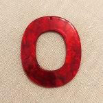 Resin Anhänger Oval cherry red