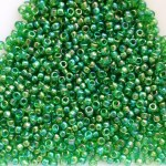 Toho 15/0-1,5 mm Transparent Rainbow Grass Green